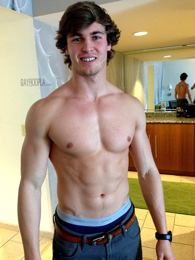Chris Kohler Gay Hoopla young nude boys big dick muscleboys muscle lads jerking 002 gallery video photo - Chris Kohler