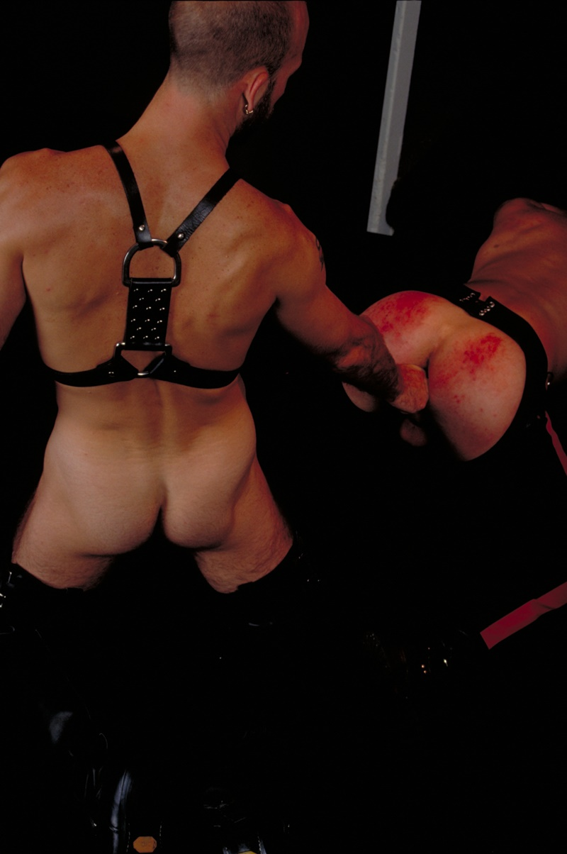 ClubInfernoDungeon prince albert Justin Southall Scott Samson Leather Fetish Fisting Anal Sex Buttplay Hairy Tattoos Bareback Sling 013 gay porn sex gallery pics video photo - Scott Samson forced to worship Justin Southall's boots and pierced Prince Albert cock