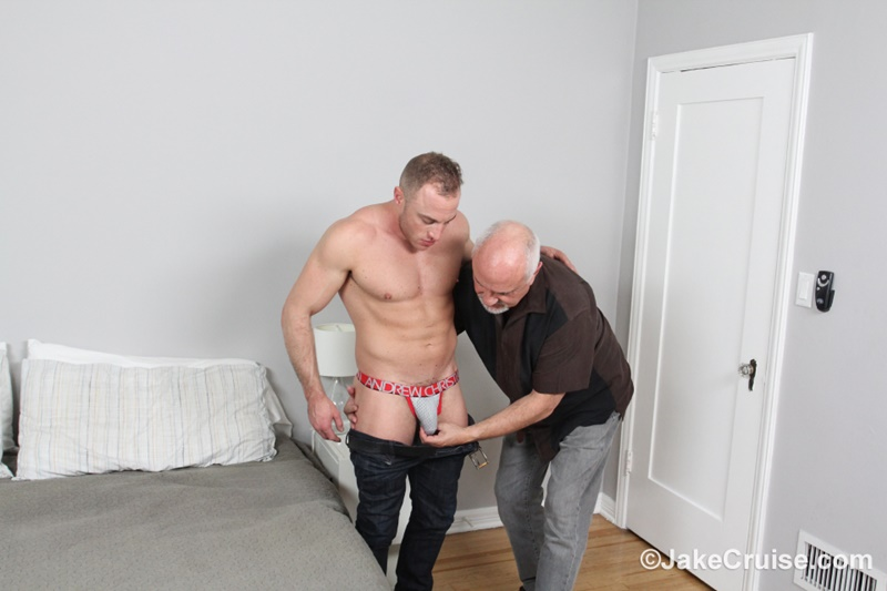 JakeCruise sexy young naked dude Jacob Durham big cock serviced older men mature Jake Cruise large thick dick cocksucker 005 gay porn sex gallery pics video photo - Jacob Durham's big cock serviced by Jake Cruise