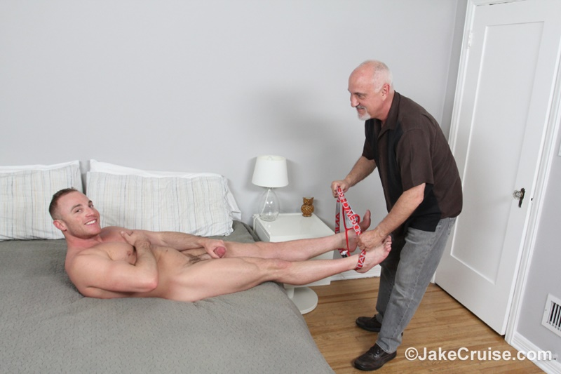 JakeCruise sexy young naked dude Jacob Durham big cock serviced older men mature Jake Cruise large thick dick cocksucker 008 gay porn sex gallery pics video photo - Jacob Durham's big cock serviced by Jake Cruise