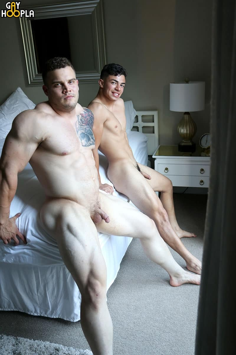 GayHoopla gay all hot naked American muscle boy bottom sex pics Buck Carter first time fucked Julian Rodriguez 007 gallery video photo - Hot American bottom boy Buck Carter first-time fucked by Julian Rodriguez